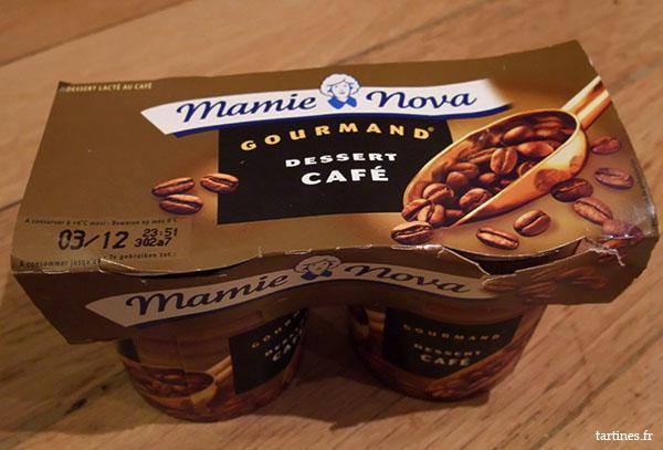 Emballage du dessert gourmand au café